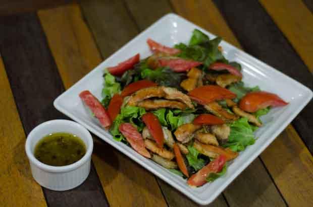 Salada_salm_o_grelhado__1_