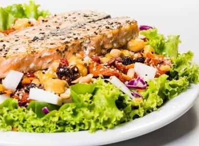Salada_salm_o_gr_os